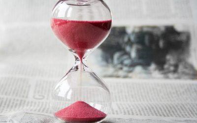 ¿Cuándo prescribe el plazo para reclamar acciones derivadas del contrato de trabajo?
